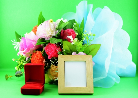 photoframe flower and red ringbox