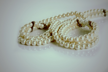perl:  Pearl necklace