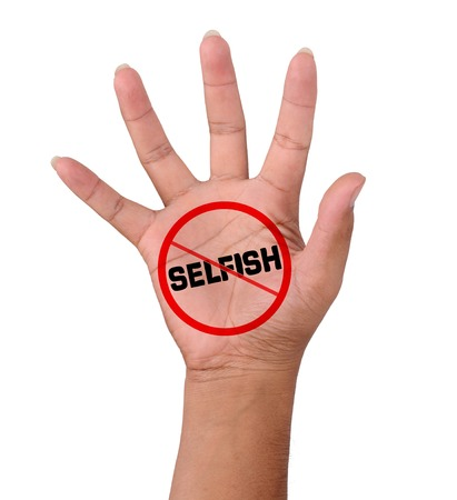 selfish: Mano y palabra No Selfish