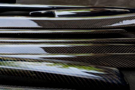produit de pièce automobile fabriqué par des composites en fibre de carbone. produit de moto et de voiture. Pièce de couverture Banque d'images