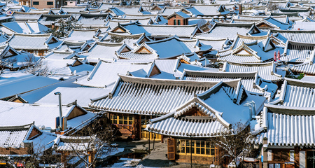 village: Roof of Jeonju traditional Korean village covered with snow, Jeonju Hanok village in winter, South Korea.