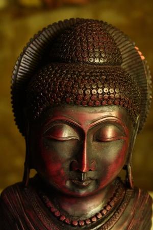 moksha: Buddha statue.