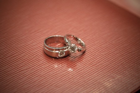 Wedding ring Stock Photo - 20980053