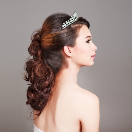 asian bride: Bridal Make up and Hair Style in studio shot  Stock Photo