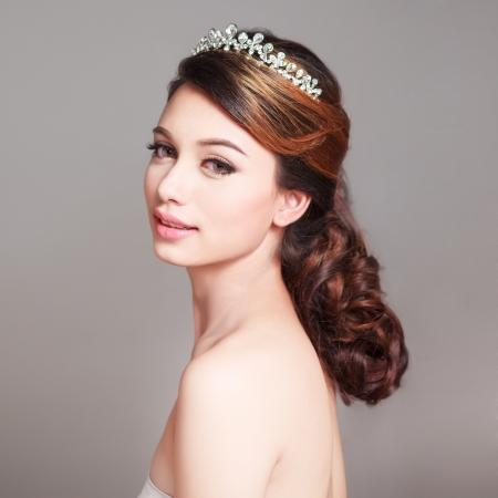 Bridal Make up e Hair Style in studio shot Archivio Fotografico