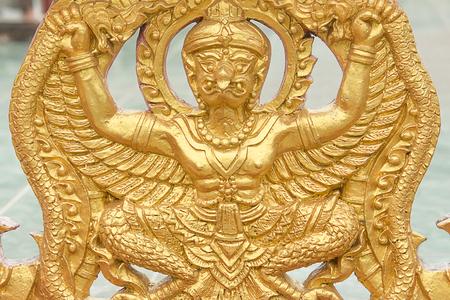 pattani thailand: Los animales en los templos de la literatura en la provincia de Pattani Tailandia arte antiguo