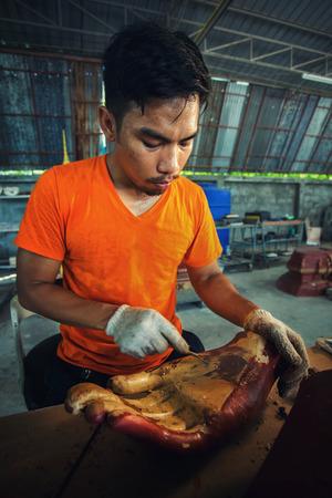 trinchante: Carver, Tailandia