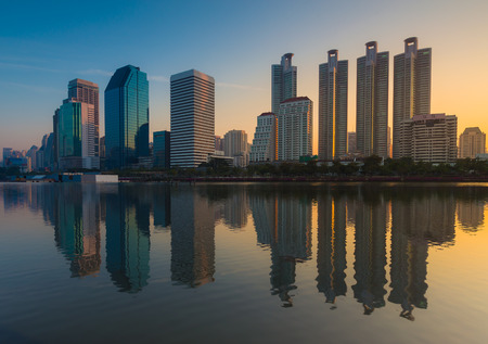 benjakitti: Bangkok city downtown sunrise with reflection of skyline, Benjakitti Park,Bangkok,Thailand