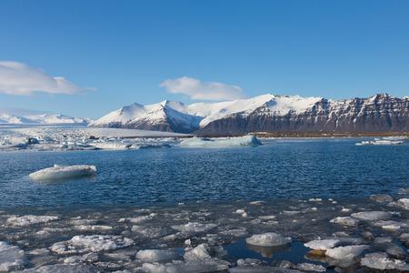 Mooi winterlandschap over Jokulsarlon meer, IJsland Stockfoto