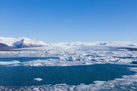 Jokulsarlon, Ijzig meer, natuurlijk winterseizoen, het natuurlijke landschap van IJsland