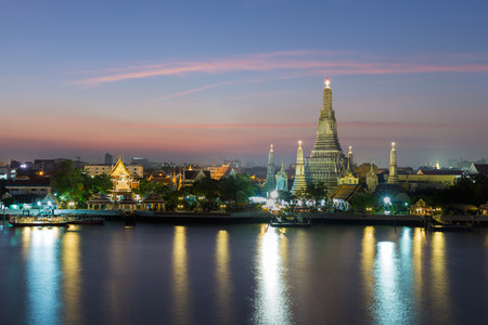wat arun: Temple of drawn called Wat Arun, the famous tourist destination of Bangkok Thailand