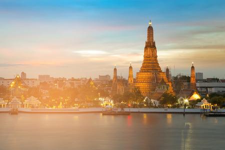 Arun temple Bangkok Thailand landmark, river front and twilight sky background Stock Photo