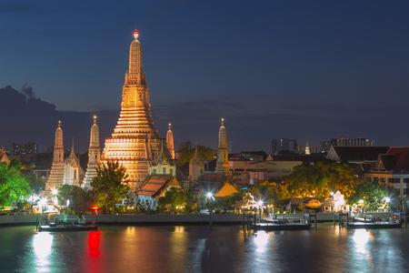 Wat Arun river front at twilight, Bangkok Thailand landmark 写真素材
