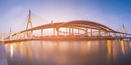 Panorama highway intersection connect with suspension bridge river front and reflection Stockfoto