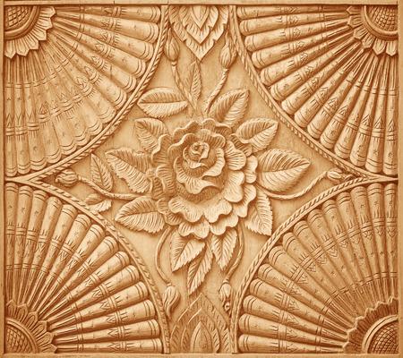 madera: Patr�n de flores talladas en madera de fondo