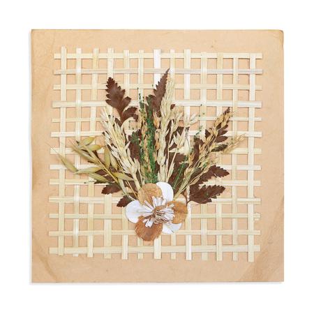 flores secas: Papel decorado con bambú y flores secas