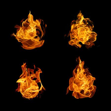 llamas de fuego: colección de llama de fuego sobre fondo negro Foto de archivo