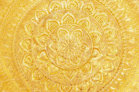 gold metal: Engraved gold metal oriental texturepattern background