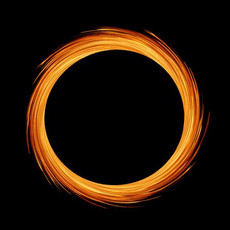Círculo o anillo de llama de fuego sobre fondo negro Foto de archivo