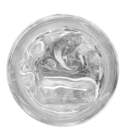 Glas water en ijs