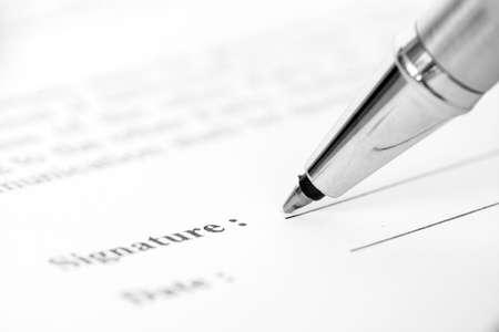 La firma de formulario de contrato