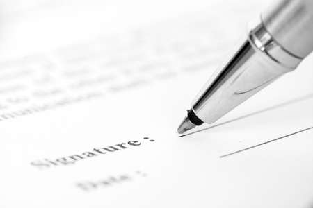 legal contract: Signing contract form