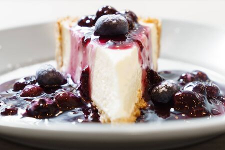 resfriado: Blue berry cheese cake Foto de archivo