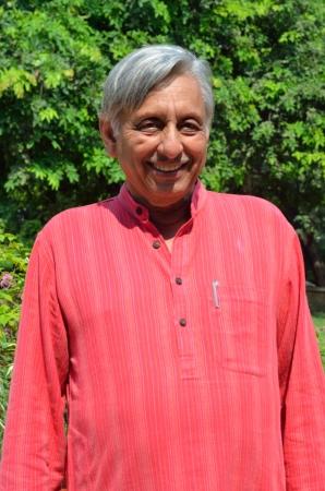 shankar: Mani Shankar Aiyar, Indian Politician Editorial