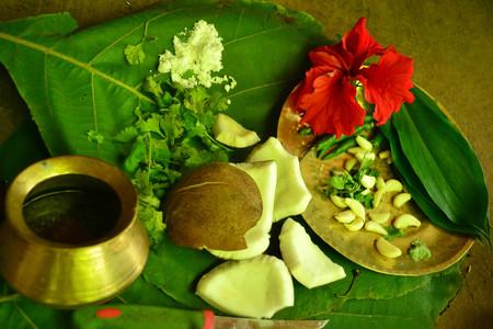 maharashtra: Making Coconut Chutney, Vikramgarh, Maharashtra Editorial