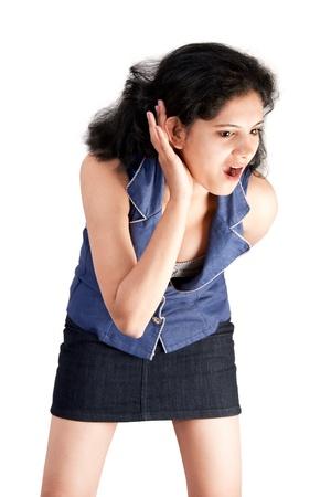 asombro: Disparo de retrato de una bella mujer India sorprende abre su boca en el asombro.
