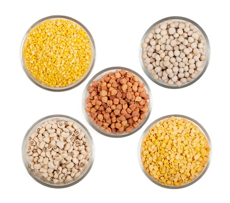 red gram: Grains pulses and beans in bowl over white over