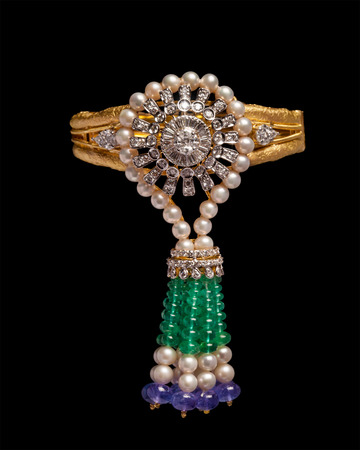 armlet: Gold and diamond bracelet with pearls
