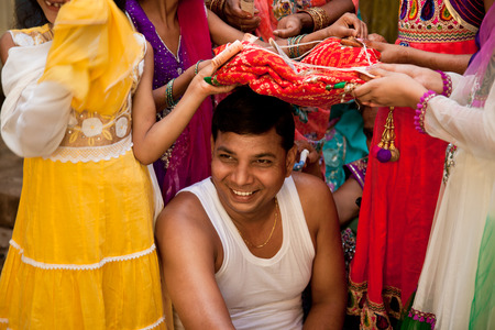 hanky: Indian groom doing marriage rituals mandap puja Editorial