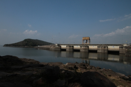 Ubonrat views of the dam  In the  Khon khaen province  Northeast of Thailand Stock Photo - 16911807