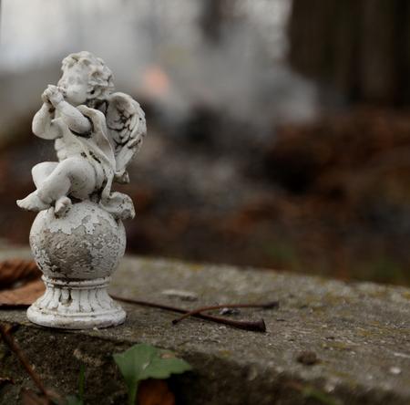 angel cemetery: Smal Angel statue in cemetery