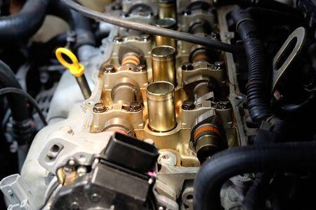 Engine Valve with Mechanic fixing.