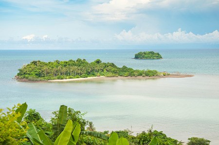 pp: beatiful scenery of the beach