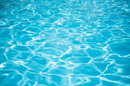 Blue swimming pool surface background Banque d'images
