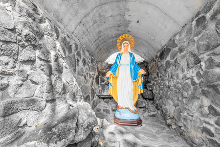 homily: Statues of Holy Women on the mountain Stock Photo