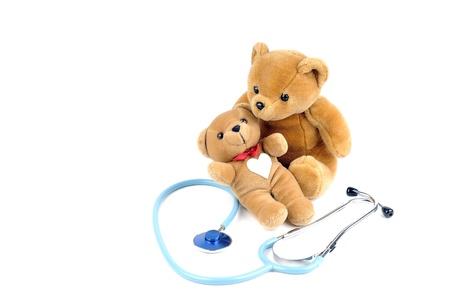 osos de peluche: Un estetoscopio y dos osos de peluche