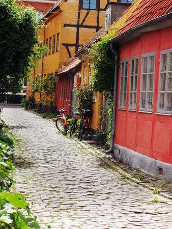 Tradicional dan�s hogares en la ciudad de Helsingor, Dinamarca  Foto de archivo