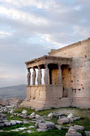 Atenas, Grecia - Vista del Erechtheum, templo en el lado norte de la Acr�polis, dedicado a Atenea y Poseid�n  Foto de archivo