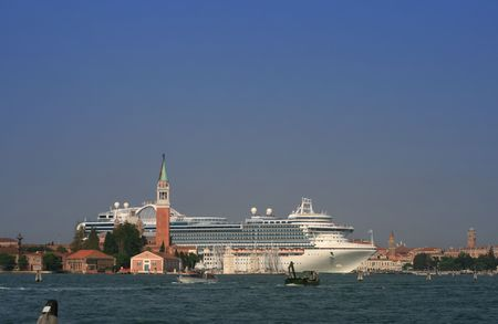 Huge cruise ship coming through the canals of Venice, Italy Stock Photo - 3616569