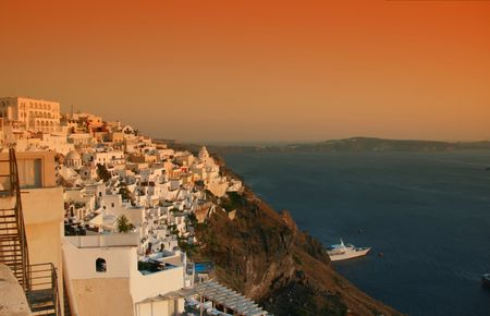Greek island of Santorini.  View of the town of Fyra (Fira) built on the volcanic cliffs of the island. Greece Stock Photo