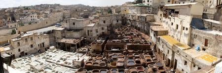 De leerlooierijen in Fes, Marokko dateren ten minste negen eeuwen