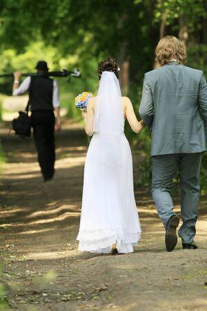 fiancee: Fiance, fiancee and wedding photographer