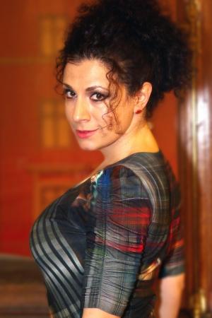 vocal: Inna Surzhenko -  Spur Project Orchesrta ,piano,vocal Editorial