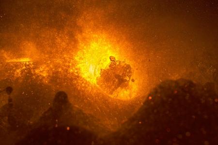 bubbling: Lava foam bubbling