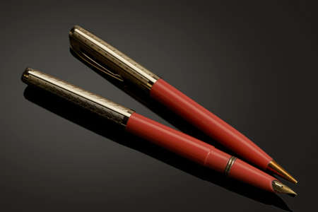 Two-piece vintage set of fountain pen and automatic pencil