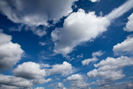 The beautiful view of clouds in the sky Stock Photo - 8253000